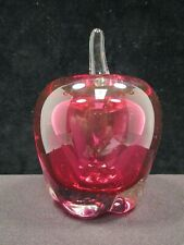 APPLE SHAPED PAPERWEIGHT SIGNED BOYER (AG008)