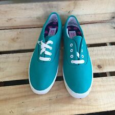 Vintage Hanes Her Way Green Canvas Shoes Womens Lace Up Sneakers 5.5 M 3L4