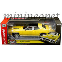 AUTOWORLD AMM1186 1971 PLYMOUTH GTX 1/18 LEMON TWIST with WHITE INTERIOR YELLOW