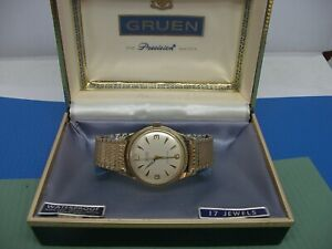 GRUEN VINTAGE WRISTWATCH WITH ORIGINAL BOX CRISP CONDITION RUNNING!!