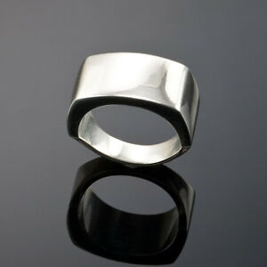 GUCCI STERLING SILVER UNISEX SIGNET RING size 5.5 made in iTALY