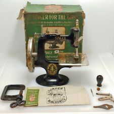 Vintage Singer Sewing Machine for Girls with the Original Box & Accessories