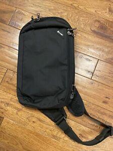 Pacsafe Vibe 325 Anti Theft Cross Body Pack Black 60221130