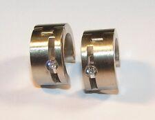 Pair 316L stainless steel HUGGY EARRINGS WITH A SINGLE SET Zirconia.HINGED HOOP