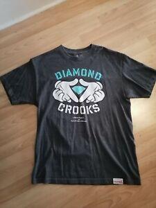 Crooks and castles t shirt size L