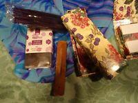 lot==pour bureau 3,  boites a papier colorée +boite encens(60)