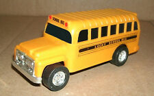 1/60 Scale School Bus Plastic Model - Vintage 1970's Friction Lucky Toys 9001