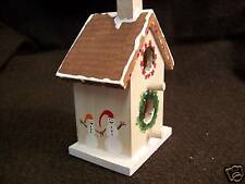 #B0101 - INDOOR DECORATIVE HOLIDAY BIRDHOUSE WITH WREATH TREE HAND-PAINTED -WOW!
