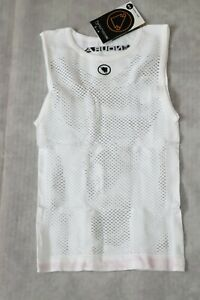 Mens Endura Fishnet Sleeveless Base Layer size SMALL-Medium BNWT