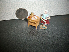 """*NEW* 1/4"""" Scale Baking Grandma With Her Baking Table *LAST ONE*"""