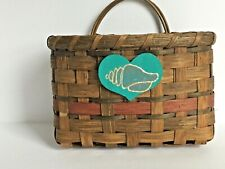 "Woven Wicker Rattan Basket Wall Hanging Nautical Shell Heart Emblem 9.5 x 9.5"""