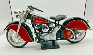 1948 Indian Chief Motorcycle 1/6 Scale on Stand (M1)