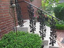 Geländer, Balkon, Balkongitter,  Treppe, Trittstufe Stiege, Treppenstab