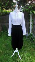 *M&S* St Michael Vintage 1970s 80s Midi Black Velvet Skirt Size 12 14 Goth