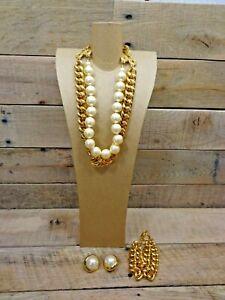 Carolee Gold Toned Chain Link & Faux Pearl Choker Necklace Earrings & Bracelet