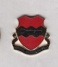 US ARMY 735th Maintenance Battalion crest DUI badge c/b clutchback P-23