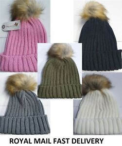 Women Ladies Winter Beanie Cap with Chunky Knitted Fur Bobble Pom Pom Hat