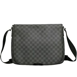 Louis Vuitton Daniel MM N58029 Damier Graphite Crossbody Shoulder Messenger Bag