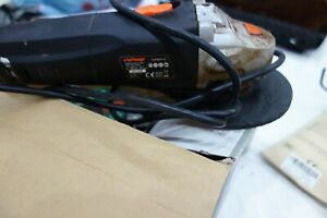 600 w 115 mm Corded Angle grinder
