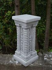 Massiver großer Stein Sockel Podest Säule mit Ornament aus Steinguss frostfest