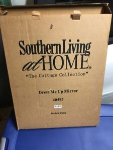New Southern Living Home Cottage Collection Dress Me Up Mirror 40493