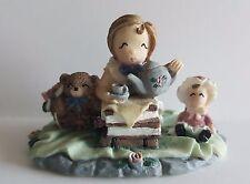 Ivy & Innocence Tea For Three Bn 1050 05032 Cast Art Figurine 1997 Collectible