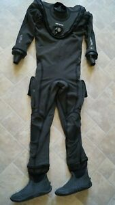 APEKS FUSION KVR1 WITH AIRCORE SIZE S / M WITH SHOES - NEW