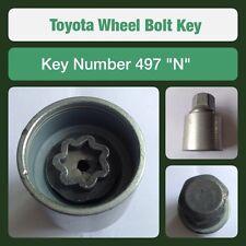 Genuine Toyota Tornillo De FijacióN De La Rueda / Llave Para Tuerca 497 N