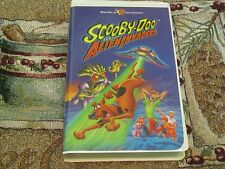 HANNA-BARBERA~SCOOBY-DOO AND THE ALIEN INVADERS~VHS VIDEO ~JENNIFER LOVE HEWITT~