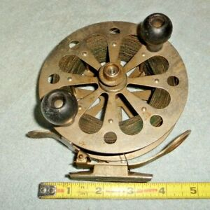 """LARGE VINTAGE PFLUGER """"CAPTAIN"""" FISHING REEL W/ CORD LINE MADE IN USA TROLLING"""