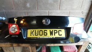 VW JETTA COMPLETE BOOT LID WITH LIGHTS AND LOOM IN BLACK - LO41