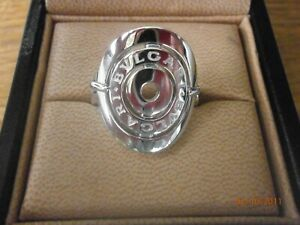 Bvlgari Astrale Chech1 18ct. White Gold Ring/Box