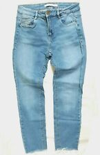 Zara Trafaluc Denim Wear Cropped Pants Distressed Hem