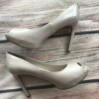 Women's GUESS Nude Patent Leather Peep Toe Platform PUMPS Heels Shoes Sz 6 1/2 M