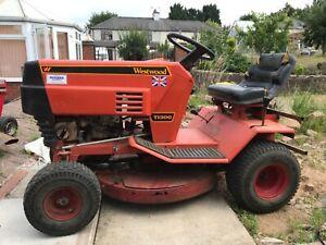 westwood T1300 mower/tractor 32 inch cutting deck