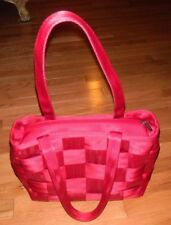 e4ee0ffe0638 HARVEY S RED LARGE SEAT BELT BAG ZIP TOP MINT CONDITION SEE PICTURES ...