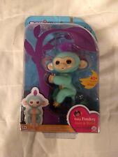 New in Box Fingerlings Baby Monkey Monit O Bebe Bebe Single Blue 40 Sounds
