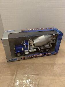 Welly 1:32 W/B Super Hauler Peterbilt 379 Cement Mixer Truck Diecast Car 39943