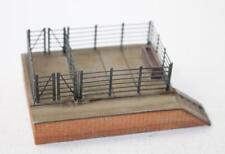 Graham Farish N Scale 42-003 Cattle loading dock New FNQHobbys