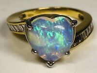 Vintage 18K Yellow Gold With Heart Shaped Opal Cabochon & Diamond Ring Size 5.75
