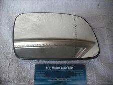 A GENUINE PEUGEOT 307  2001-08  ELECTRIC DOOR MIRROR GLASS O/S RIGHT SIDE