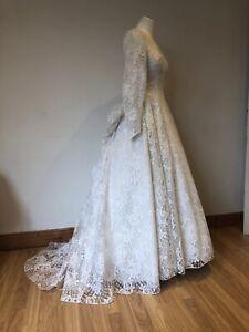Amazing Vintage 1950s Princess Lace Wedding Bridal Dress 8 10 S
