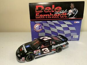 Dale Earnhardt 1:18 Scale #3 GM Goodwrench Service Plus 1999 Monte Carlo 1 Of...