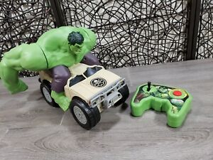 Jakks 2015 Incredible Hulk Remote Control Smash Car - Marvel Avengers Tested