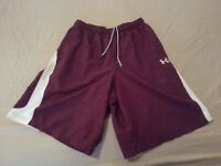 Mens Under Armour Shorts S Small Burgundy Athletic Gym Workout