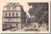 CPA 70 - LUXEUIL - La rue des Thermes - L' Hôtel du parc