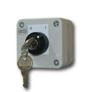BG Enclosed Industrial Start / Stop Control 2 Position Key Switch On/Off IP54