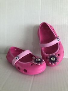 🌸CROCS Toddler Girl Mary Jane Charm W/ Flower  Size 4 C Pink Good Condition🌺