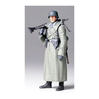 TAMIYA 36306 Ger. Machine Gunner (Greatcoat) 1:16 Military Model Kit