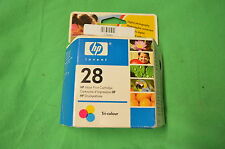 HP 28 d'encre couleur HP28 c8728ae original date 2006